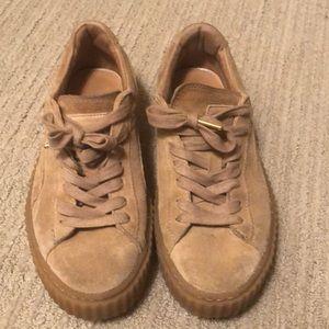 promo code 1037b 1a358 Tan Puma Creeper sneakers